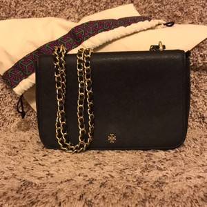 c691c847ea95 Tory Burch Bags on Sale - Up to 70% off at Tradesy
