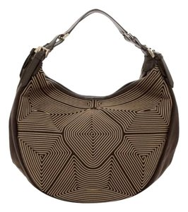 6116892f8d67 Emporio Armani Shoulder Bags - Up to 90% off at Tradesy