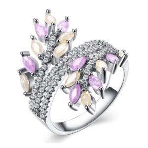 ME Boutiques Private Label Collection Swarovski Crystals The Oona Pixie Ring Size 7 S2