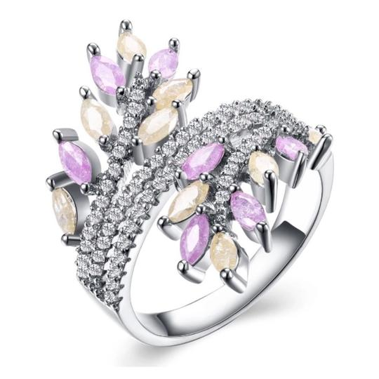 ME Boutiques Private Label Collection Swarovski Crystals The Oona Pixie Ring Size 7 S2 Image 2
