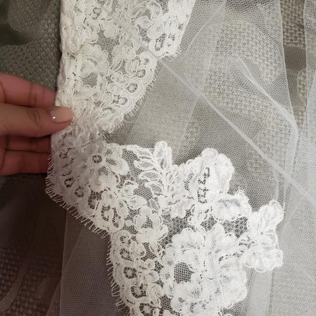 Item - Ivory Long Cathedral Lenght Bridal Veil