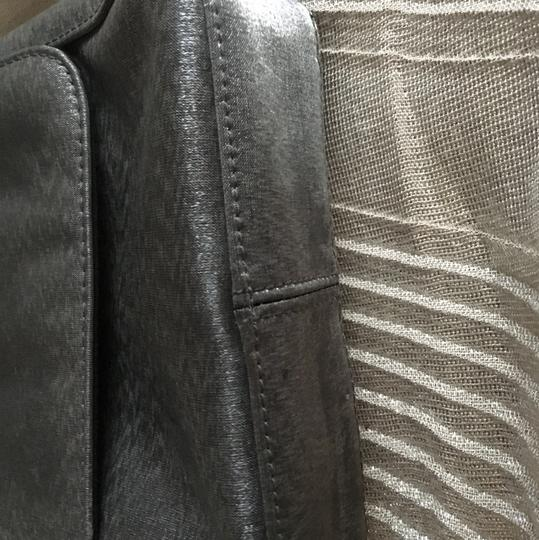Kenneth Cole Reaction Silver/Gray Clutch Image 3