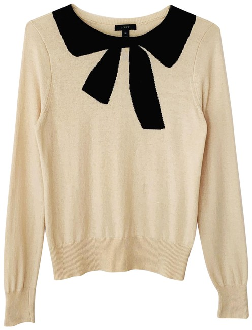 Preload https://img-static.tradesy.com/item/24839217/jcrew-giant-bow-wool-and-angora-black-cream-sweater-0-1-650-650.jpg