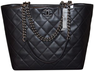 Chanel Classic Quilted Leather Tote in BLACK