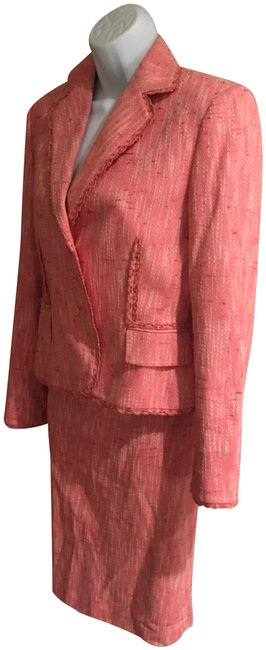 Item - Coral/Pink 2 Pieces Skirt Suit Size 4 (S)