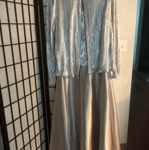 David's Bridal Silver & Rose Gold See Fabric Label Provided Shimmering Evening Gown Formal Bridesmaid/Mob Dress Size 14 (L)
