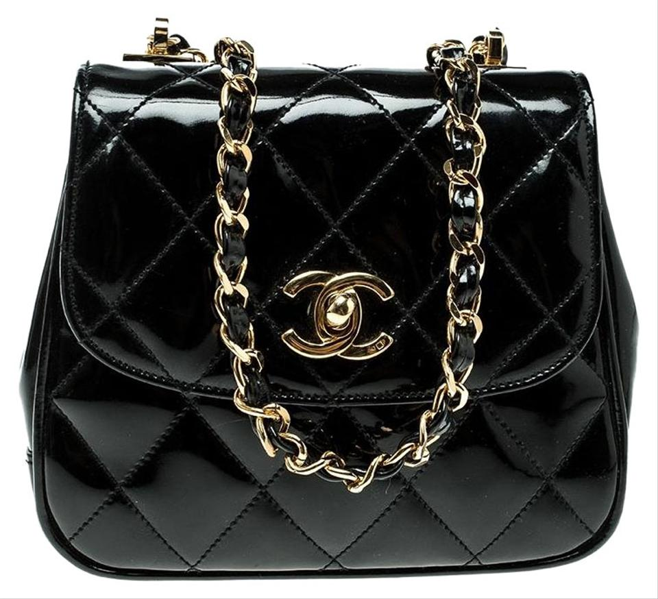 8a17f30d45 Chanel Classic Flap Quilted Vintage Mini Single Black Patent Leather ...