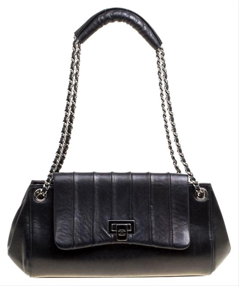 Chanel Classic Flap Vertical Quilted Accordion Black Leather Shoulder Bag c46c614c4ff68