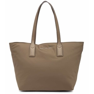 Marc Jacobs Tote in stone grey