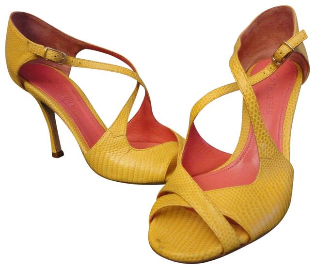 Item - Yellow None Formal Shoes Size US 7 Regular (M, B)
