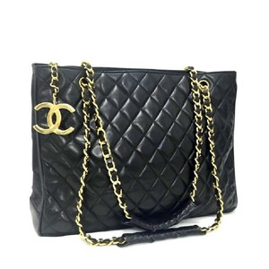 Chanel Shoulder Quilted Lambskin Tote in black
