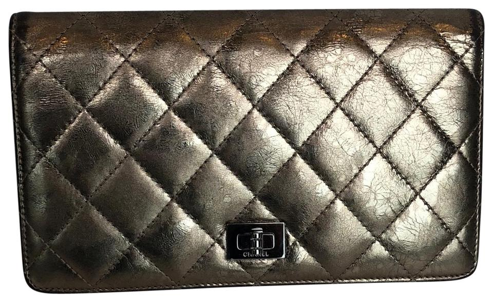 e50688d0e32f2b Chanel 2.55 Reissue Metallic Wallet Gold Leather Clutch - Tradesy