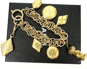 Chanel Gold Tote CC Logo Medallion Charms Chain Bracelet Large France