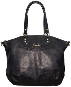 Coach Leather Tote Croc Embossed Rare Satchel in Black