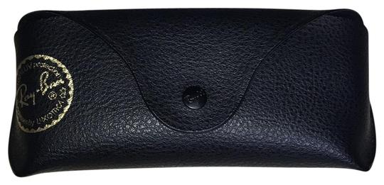 Preload https://img-static.tradesy.com/item/24845277/ray-ban-black-eyeglass-case-0-1-540-540.jpg
