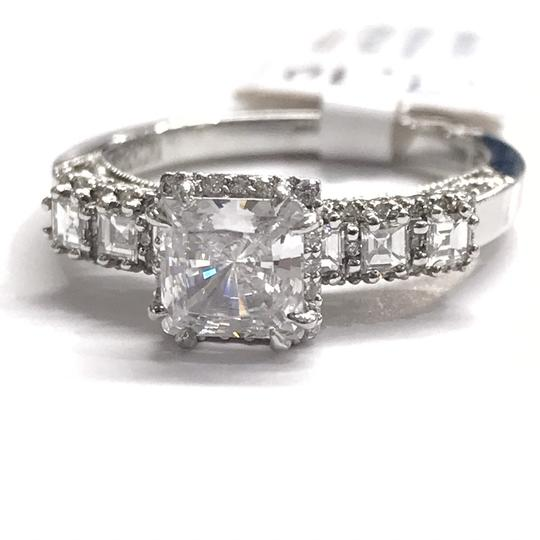 Preload https://img-static.tradesy.com/item/24845289/tacori-never-worn-platinum-and-diamond-ring-0-0-540-540.jpg