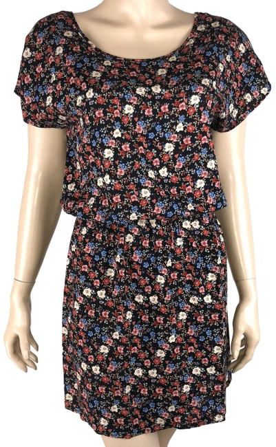 Preload https://img-static.tradesy.com/item/24845301/forever-21-multicolor-s-floral-criss-cross-back-short-casual-dress-size-4-s-0-1-650-650.jpg