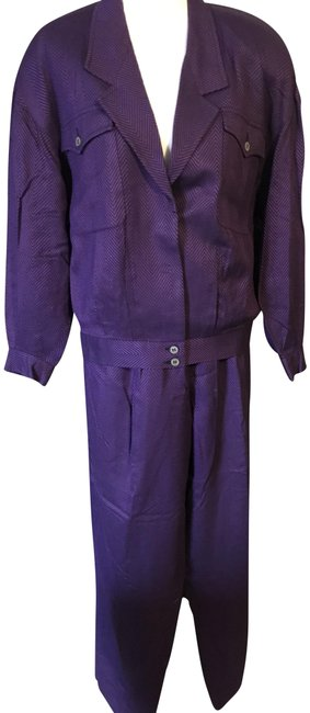 Preload https://img-static.tradesy.com/item/24845528/liz-claiborne-purple-and-black-satin-lined-this-is-a-closet-favorite-pant-suit-size-14-l-0-1-650-650.jpg