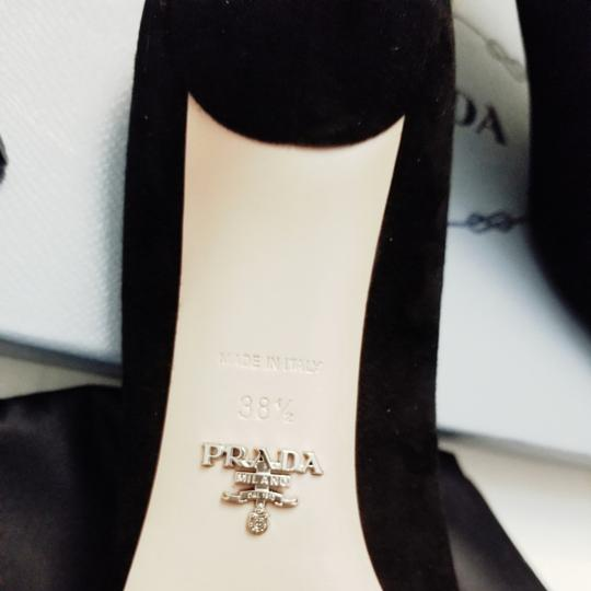 Prada Pumps Image 4