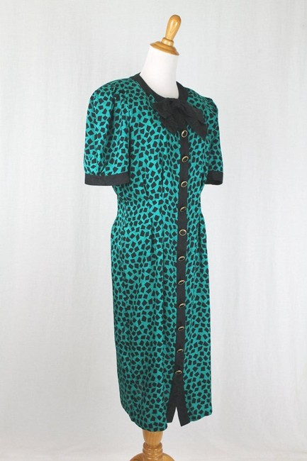 Adrianna Papell 1930s Style Pussybow Neck Short Sleeves Shoulder Pads Dress Image 2