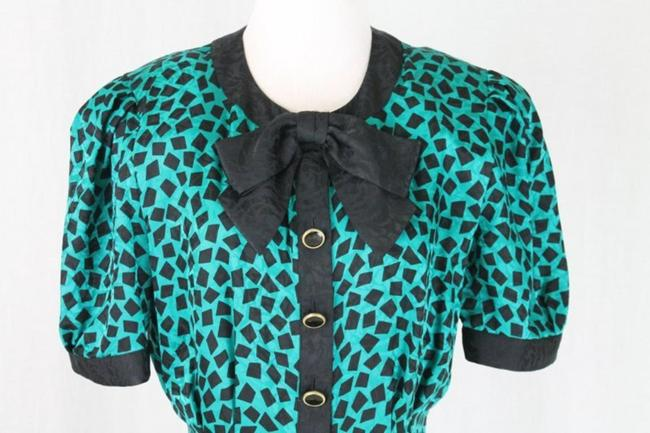 Adrianna Papell 1930s Style Pussybow Neck Short Sleeves Shoulder Pads Dress Image 5