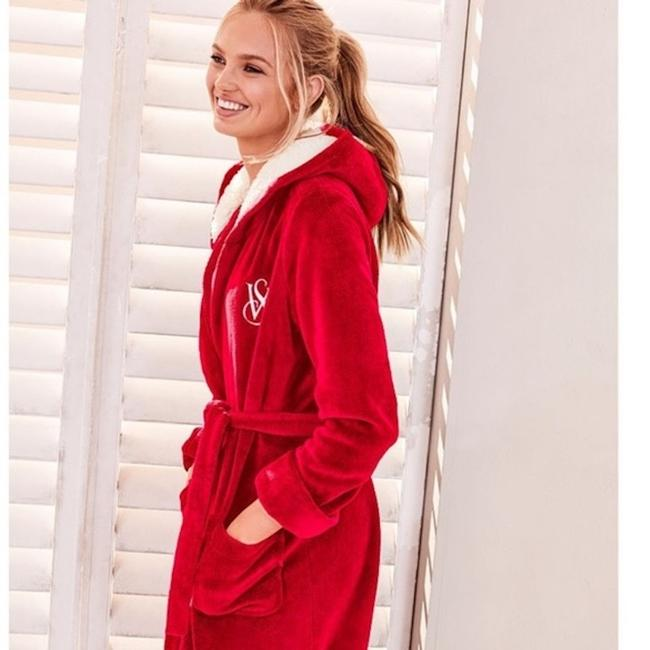 Victoria's Secret NEW The Cozy Hooded Short Robe Not Image 5