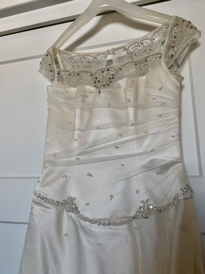 Augusta Jones White Silk Exquisite Detail Formal Wedding Dress Size 4 (S) Image 4