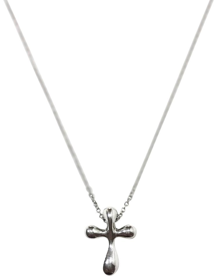 d76cea97d Tiffany & Co. Sterling Silver Vintage Peretti Cross Pendant Necklace ...