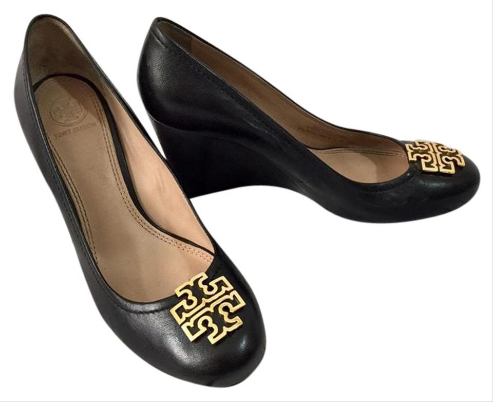 31fe91e5877948 Tory Burch Black with Gold Detail Melinda Wedges Size US 7.5 Regular ...