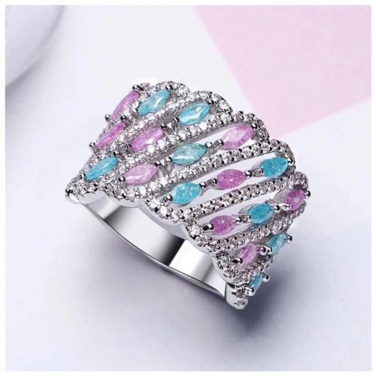 ME Boutiques Private Label Collection Swarovski Crystals The Maraja Pixie Band Ring Size 7 S2 Image 1