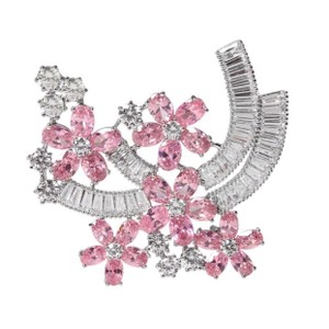 ME Boutiques Private Label Collection Swarovski Crystals The Talithia Gorgeous Brooch S3