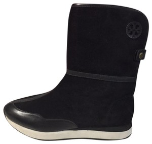 88ebfc93c7ce9c Tory Burch Fur Boots - Up to 70% off at Tradesy