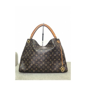 baee87600 Louis Vuitton Arsty Hobo Bags - Up to 70% off at Tradesy