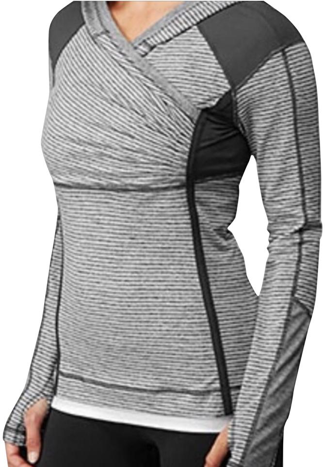 0ff28439e8 Lululemon Grey and White Cross Train Activewear Top Size 12 (L ...