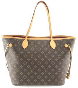 Louis Vuitton Totally MM Totes - Up to 70% off at Tradesy 8a686d0b78