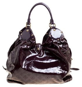 Louis Vuitton Limited Edition Patent Leather Hobo Bag c94fde2ffa