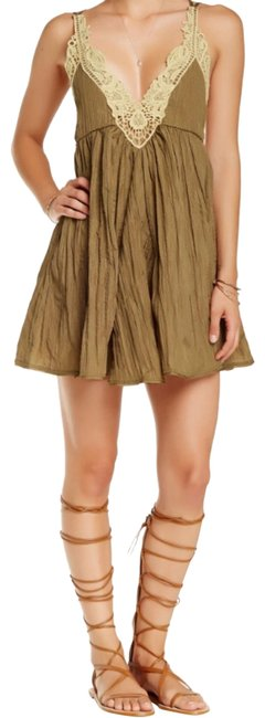 Preload https://img-static.tradesy.com/item/24850787/free-people-brown-tan-breathless-mid-length-night-out-dress-size-8-m-0-2-650-650.jpg