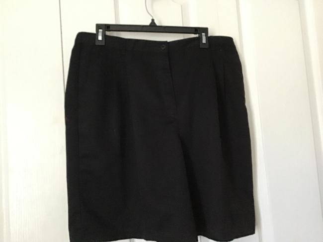 Preload https://img-static.tradesy.com/item/24850994/karen-scott-black-shorts-size-18-xl-plus-0x-0-0-650-650.jpg