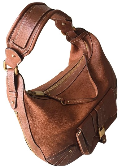 Preload https://img-static.tradesy.com/item/24851018/marc-by-marc-jacobs-sienna-expandable-italian-caramel-brown-leather-hobo-bag-0-1-540-540.jpg