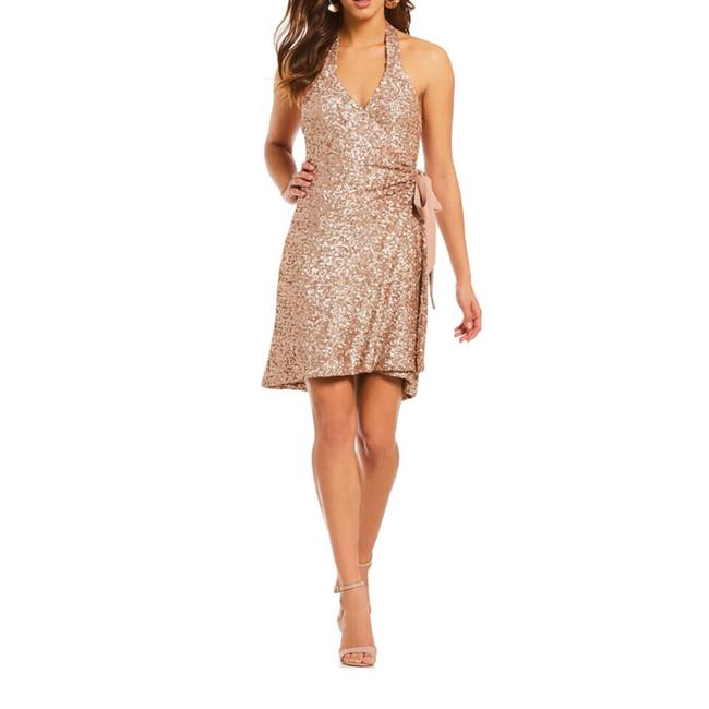 Preload https://img-static.tradesy.com/item/24851204/dress-the-population-gold-sequin-mid-length-cocktail-dress-size-12-l-0-0-650-650.jpg