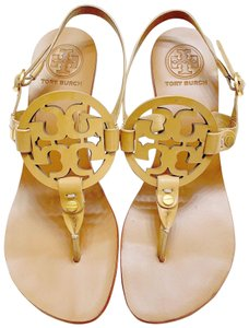 76c763074039f8 Women s Beige Sandals - Up to 90% off at Tradesy