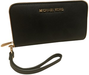 2584340fbed3 Michael Kors Specchio Jet Set Continental Zip Around Large Phone Wallet  Wristlet