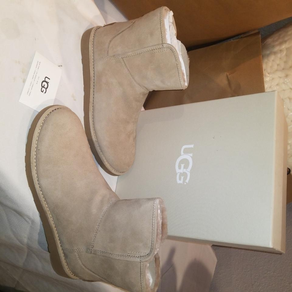 caf3b958859 UGG Australia Fawn W Abree Mini Water Resistant Boots/Booties Size US 8  Regular (M, B) 19% off retail