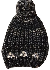 Betsey Johnson Hats - Up to 70% off at Tradesy 248f4200efc9