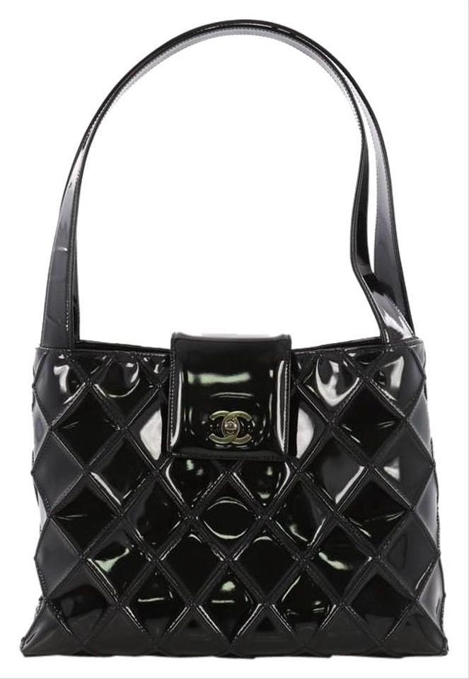 b51b30136407a0 Chanel Vintage Cc Lock Flap Quilted Medium Black Patent Leather Shoulder Bag
