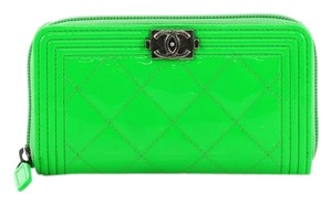 4bb83cbdbddb Chanel Wallet Patent neon green Clutch. Chanel Boy Zip Around Wallet  Quilted Small ...