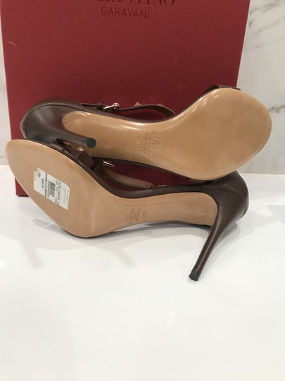 Valentino Studded Ankle Strap Branded Insole Leather Round Toe Brown Pumps Image 10