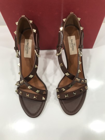 Valentino Studded Ankle Strap Branded Insole Leather Round Toe Brown Pumps Image 4