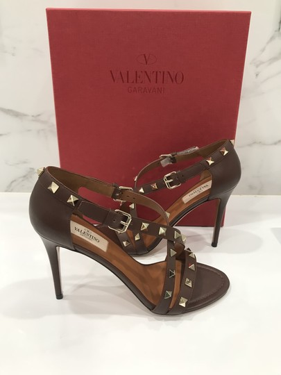Valentino Studded Ankle Strap Branded Insole Leather Round Toe Brown Pumps Image 6