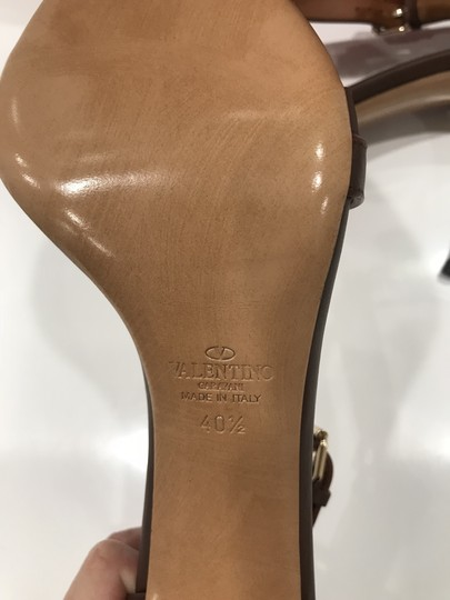 Valentino Studded Ankle Strap Branded Insole Leather Round Toe Brown Pumps Image 9